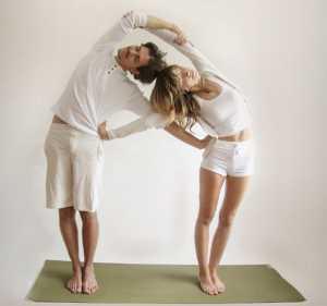 Основные асаны парной йоги Двухстороннее вытяжение